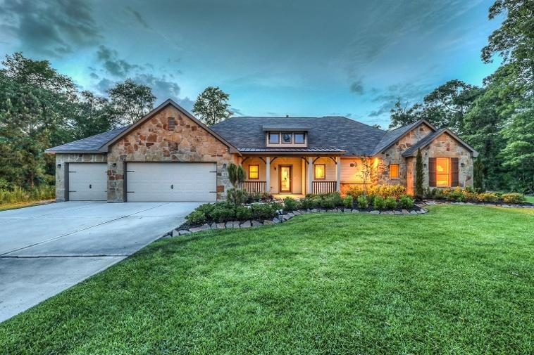 The Commons of Lake Houston from the $280,000s